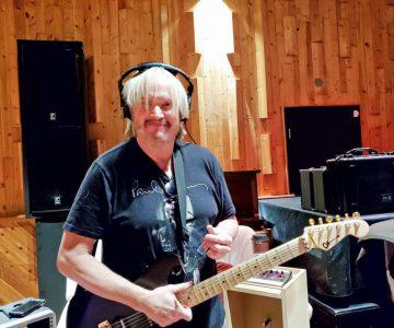 Kirby Kaye (Guitar)