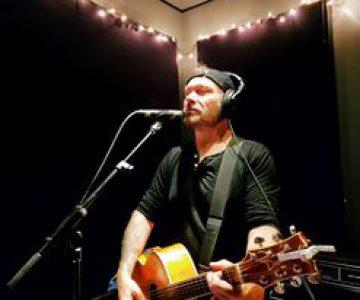 Marshall Potts  (Singer Song Writer)